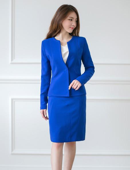 乐动体育官网下载app职业女裙套装定做公司女性职业装品牌现货批发厂家