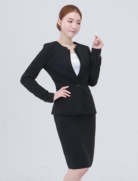 乐动体育官网下载app定做时尚职业装设计公司学校老师职业装量身订制厂家