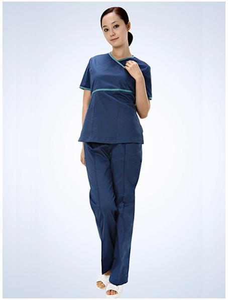 乐动体育官网下载app定做纯棉手术衣,蓝绿女